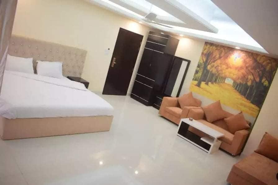 Couple Premium Suite